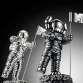 kaws-mtv-vma-moonman-01-570x451