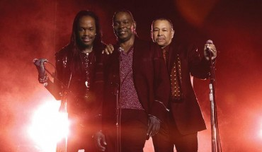 Legacy Recordings Earth Wind and Fire