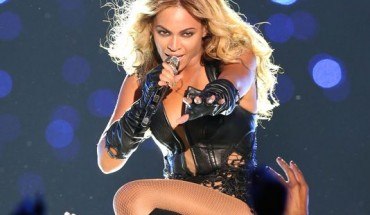 bey 370x215 19th Annual ESSENCE Festival Will Host Some Of The Worlds Top Brands And Deliver A Jammed Packed Weekend