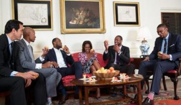michelle obama miami heat players 370x215 Want to See Michelle Obama Dunk on LeBron? Check Out Her Lets Move PSA