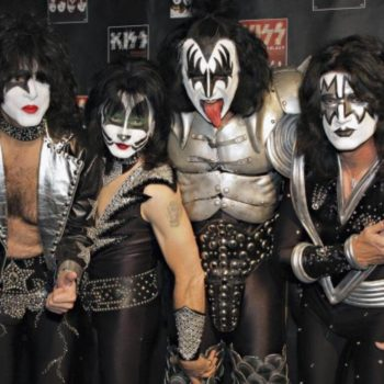 KISS - 2014 ROCK AND ROLL HALL OF FAME INDUCTEES CELEBRATE 40 YEARS OF ROCK AND ROLL WITH LIMITED RELEASE