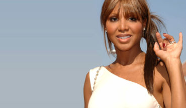 "toni braxton wallpaper     370x215 OWN: Oprah Winfrey Network Announces Toni Braxton to Star as Darlene Love in Network's First Scripted TV Film ""My Name is Love: The Darlene Love Story"""