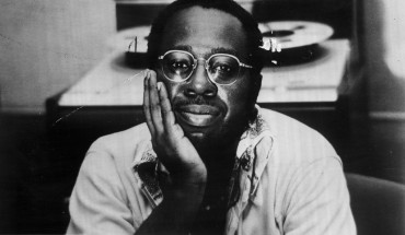 curtis mayfield 370x215 SINGLETON ENTERTAINMENT TO PAY HOMAGE TO CURTIS MAYFIELD